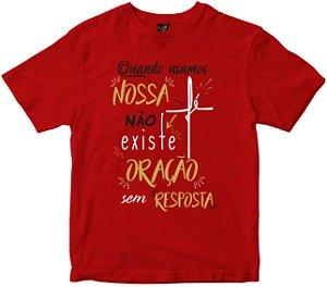 Camiseta Quando usamos Nossa Fé vermelha Rainha do Brasil