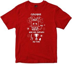 Camiseta Coloque Deus no início vermelha Rainha do Brasil
