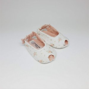 Sapatinho Peep Toe Branco Floral com Rosé