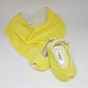 Kit - Sapatinho Peep Toe e Babador Bandana Liso Amarelo Claro Florido