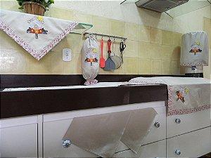 Jogo de cozinha 8 peças – cor areia c/ Bordado Casa Pássaro