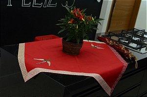 Toalha 78cmx78cm - Cor: Vermelha - Bordado: Pimenta