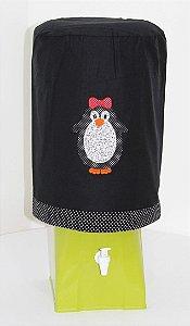 Capa de Galão de Água 20 litros - Cor: Preto - bordado: Pinguim