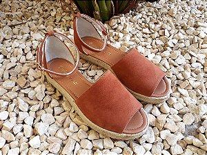Sandália solado duplo sued ocre