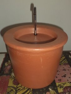 Fonte em Cerâmica 2 litros com torneira inox 110 w
