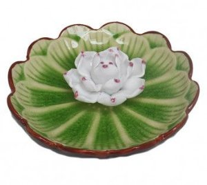 INCENSÁRIO LOTUS DE PORCELANA, 11 CM