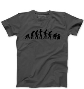 Camiseta Masculina Evolution Geek - Loja Nerd e Geek - Presentes Criativos