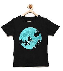 Camiseta Infantil Escape from Strangers - Loja Nerd e Geek - Presentes Criativos