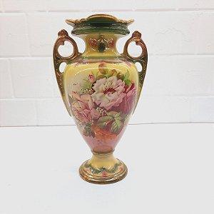 Vaso de Porcelana Alemã Anos 20 Policromia com Flores e Ouro