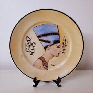 """Prato de porcelana pintada a mão """"Nefertit"""""""