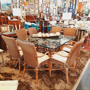 Mesa com 8 Cadeiras - Saccaro