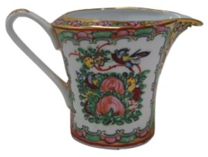 Antiga mini leiteira de porcelana estilo chinês