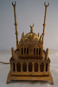 antigo abajur em formato de mesquita de bronze