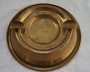 cinzeiro de bronze redondo vintage
