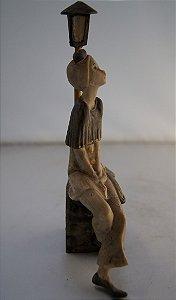 Escultura Estatua italiana de resina musicista no poste