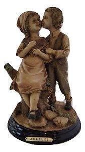 Escultura Estátua Bibelô De Enfeite Menino E Menina