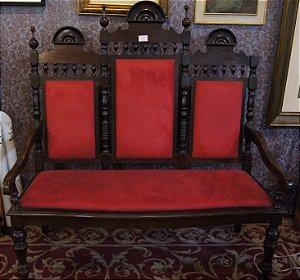 Namoradeira Colonial de Madeira Veludo Vermelho