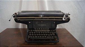 Antiga Máquina De Escrever Continental