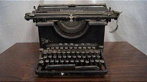 Antiga Maquina De Escrever Remington Decoração