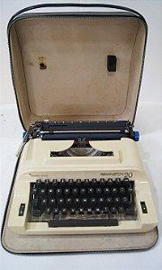 Antiga Máquina de Escrever Ramington 20 Com Maleta
