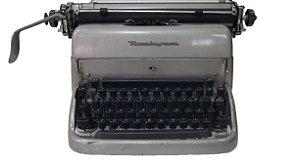 Antiga Máquina de Escrever Remington Funcionando