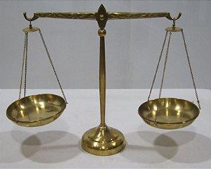 Balança Antiga De Bronze 36 cm