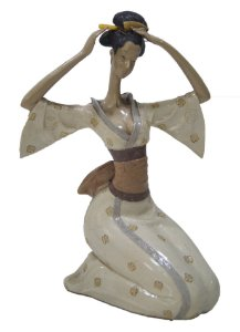 Estátua Gueixa Em Resina 20cm