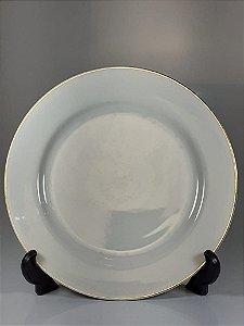 Prato em Porcelana Filetado em Ouro