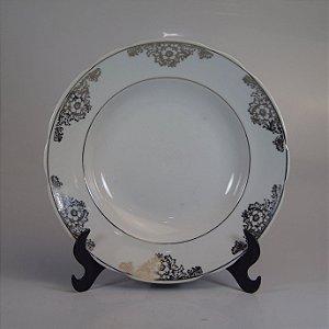 Prato em Porcelana Real Filetado em Prata