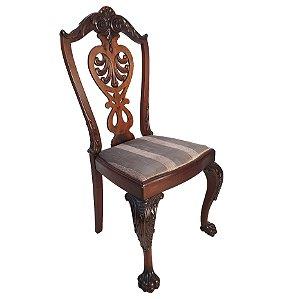 Cadeira Pata De Leão Em Madeira de Imbuia Entalhada