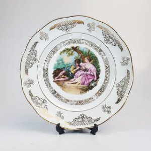 Prato Decorativo em Porcelana Steatita Boucheles