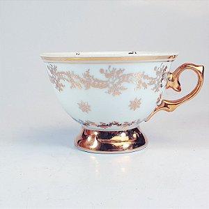 Xicara para Chá em Porcelana Bodas de Ouro