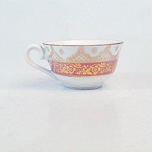 Xícara para Café em Porcelana Steatita Filetada em Ouro