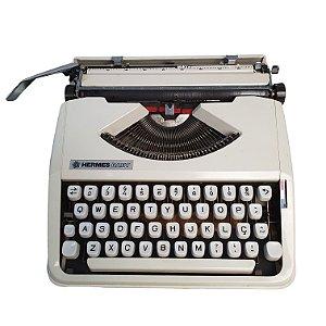Máquina de Escrever Datilografia Hermes Baby Com Manual