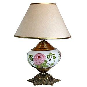 Luminária de Mesa Abajur Pata - Choca Em Porcelana e Bronze