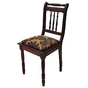 Cadeira Estilo Colonial Em madeira de imbuia Marrom