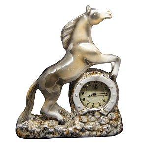 Relógio De Mesa Westclox Em Porcelana Cavalo Nacarado