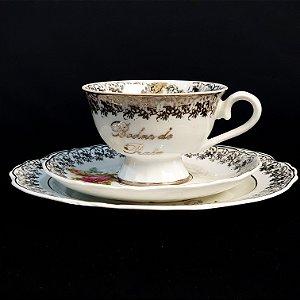 Xícara com Pires e Prato em Porcelana Steatita Bodas Prata