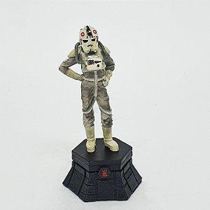 Miniatura Xadrez Star Wars At-At Pilot