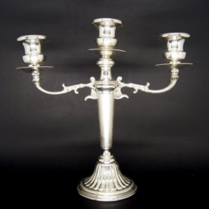 Candelabro Castiçal 3 Velas em Banho de Prata 90
