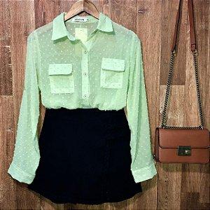 Camisa Chiffon Transparente com Bolso Monalisa Verde Claro