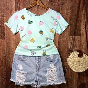 T-shirt Cupcake Colorido Estampa Dupla Verde Mint
