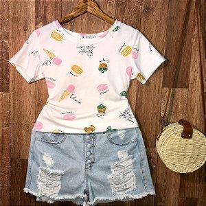T-shirt Cupcake Colorido Estampa Dupla Branco