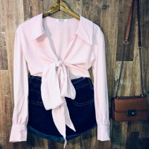 Camisa Cropped Transpassada Toque de Seda Bruna Rosê