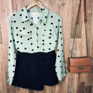 Camisa Corações Sofia Verde Claro