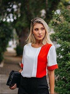 Blusa bicolor em crepe