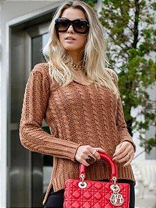 Blusa de tricot decote V tranças