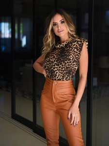 Blusa de viscolycra animal print