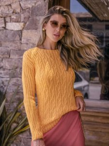 Blusa de tricot trança com manga canelada
