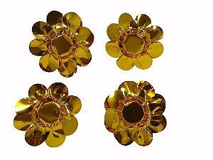 Forminha Metalizada Dourada com 30 unidades